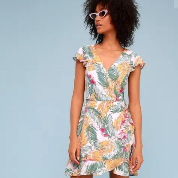 Lulu's Dresses & Skirts - Tropical dress